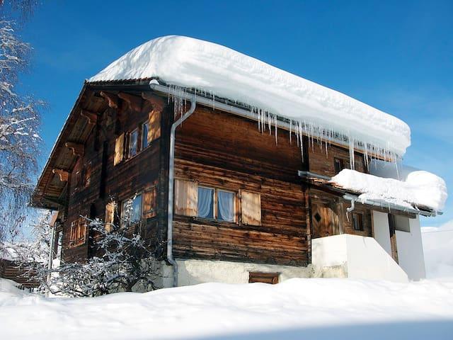 Casa Cadruvi - Obersaxen - Casa