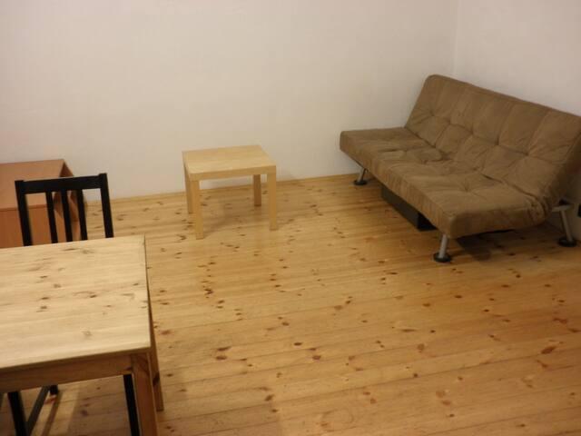 Living room + kitchen - Wohnzimmer + Küche - Soggiorno + cucina
