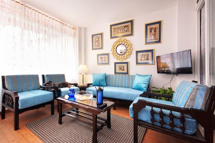 Comfort Relaxing in blue.SanAntonio