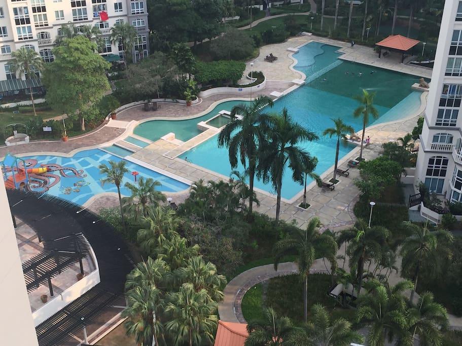 Big Swiming pool