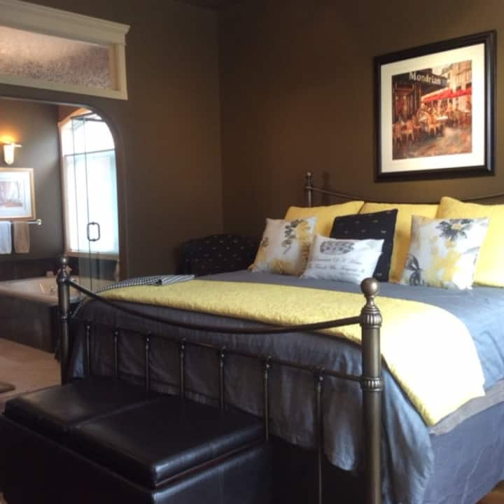 The Stone Gate Inn -Serenity Suite