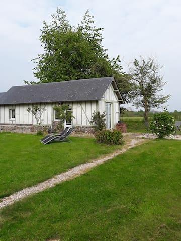 La petite maison verte à 18km de Honfleur
