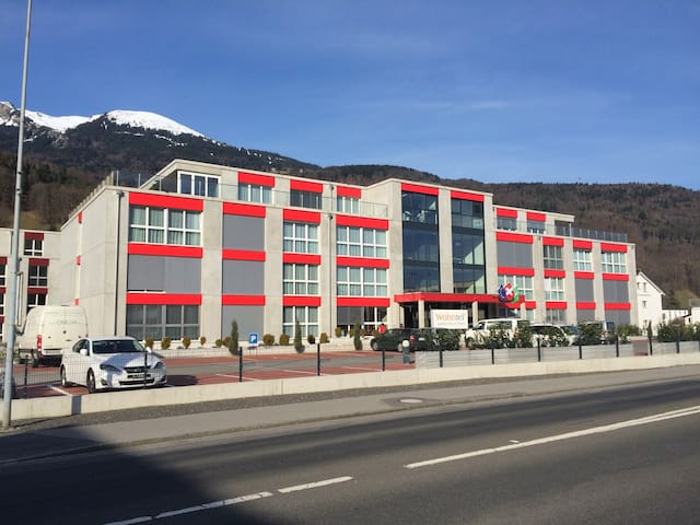 Wohntel - wohnen wie im Hotel (2z) - Sevelen - Flat