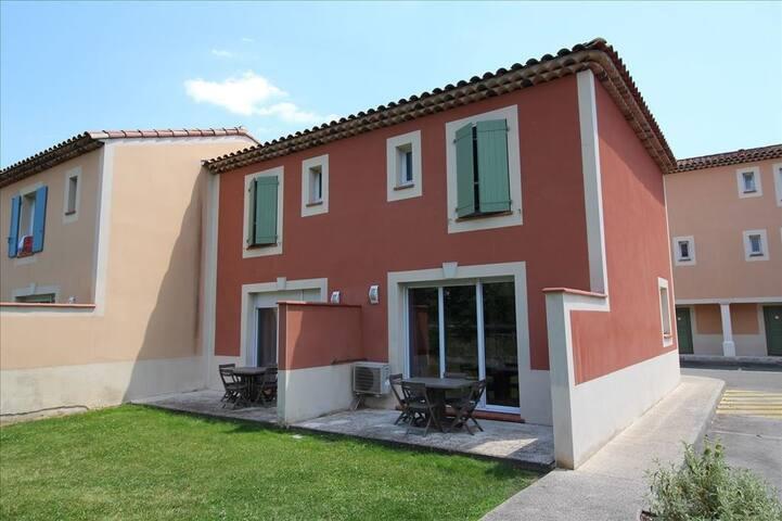 Villa avec 2 chambres pour 6 personnes
