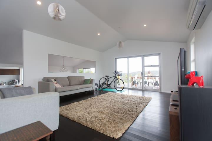 Seaside Bach Getaway  - Auckland - Casa