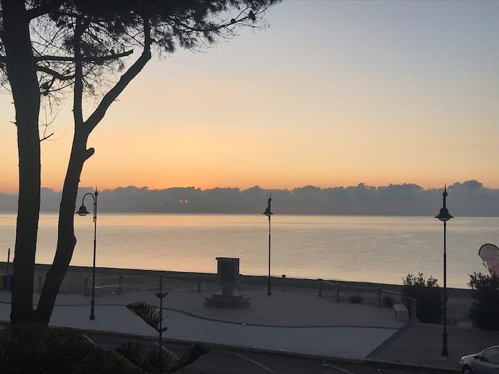 Terrazza sul Mare-Villa Tota