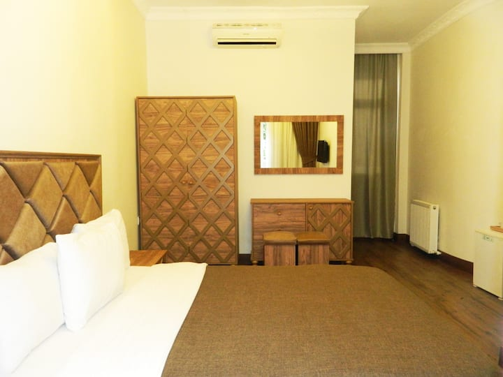 cozy room with balcony at taksim square