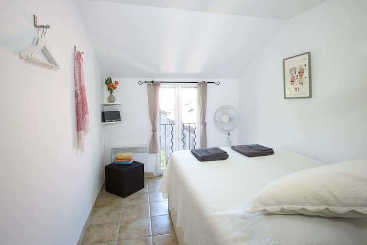 B&B in the heart of Antibes!
