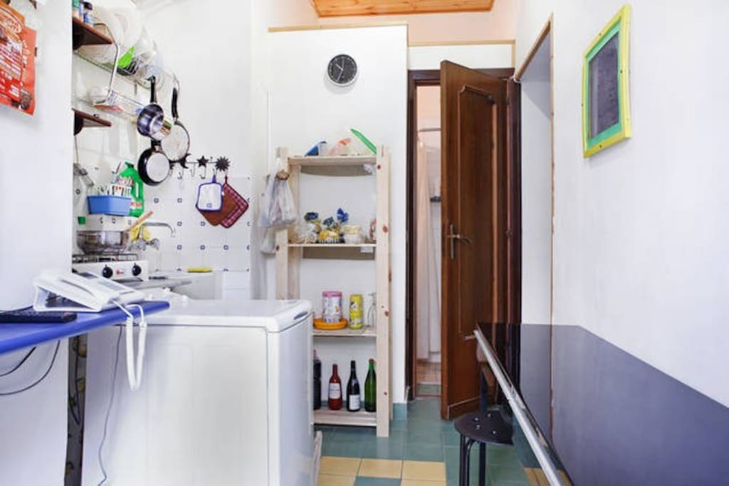 little full equipated kitchen