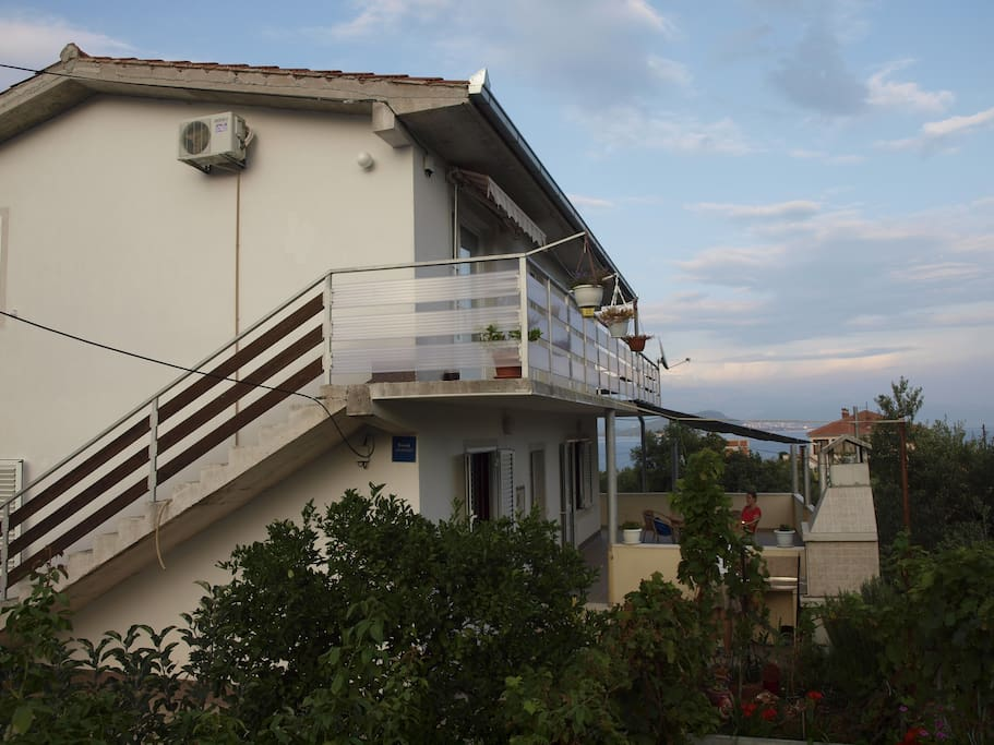 Apartment on the first floor with a view of the Split and the end of the island Ciovo.