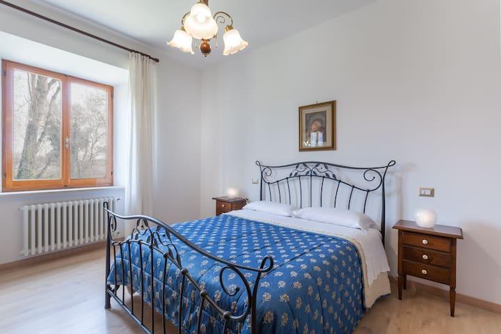 Assisi Grande Appartamento Nuovo - BETTONA - Apartamento