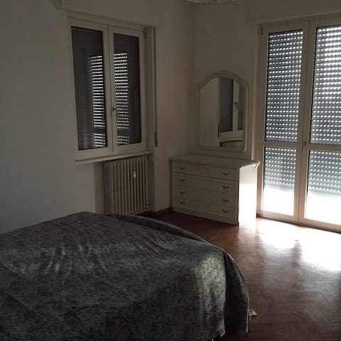 Cosy apartment near milan - Busto Arsizio - House
