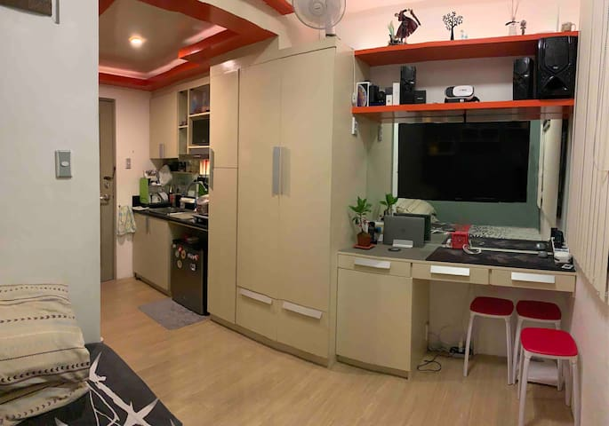 ★ Bachelor's Crib Alabang [Quality+Cheap+WIFI]