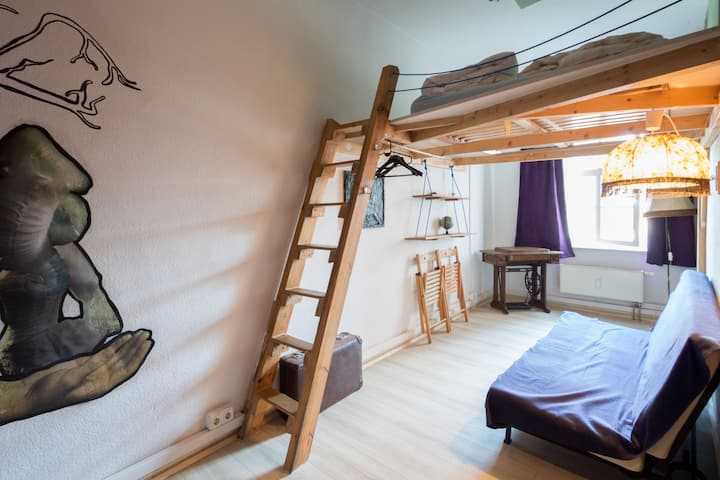 fancy double room right in the historic centre