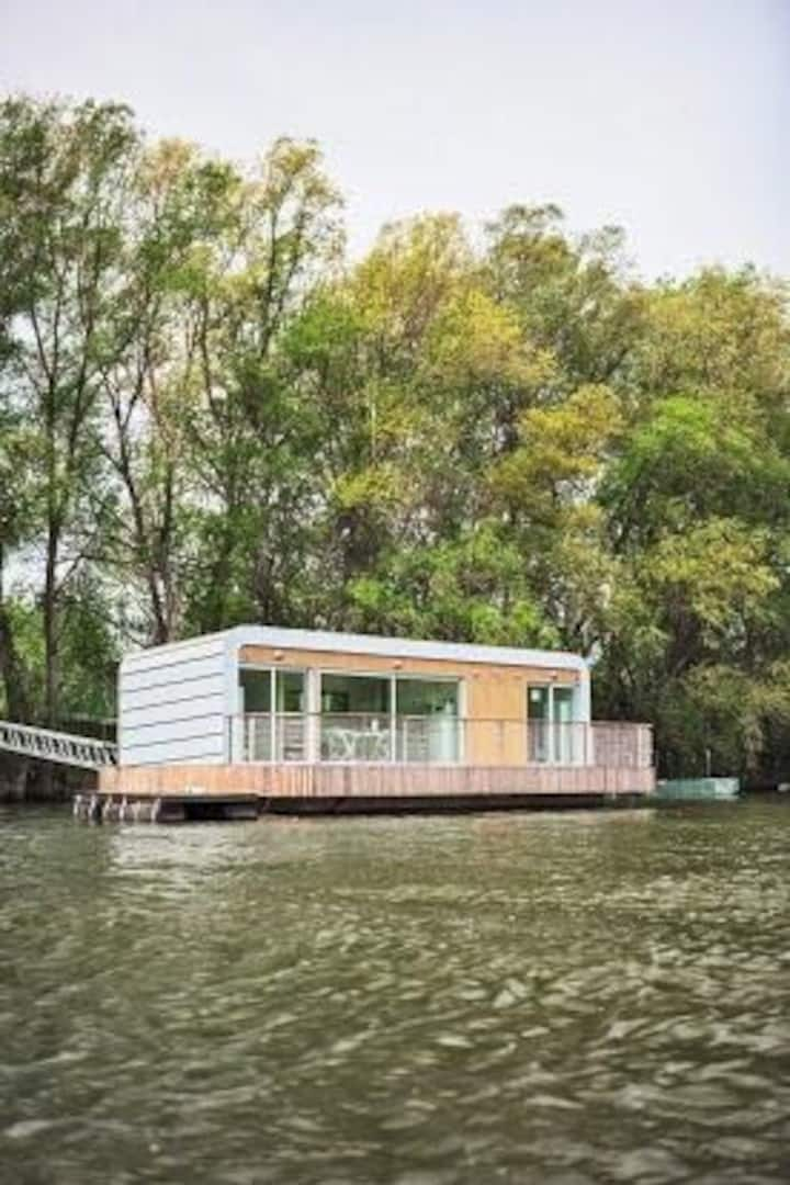 Houseboat in Komárno