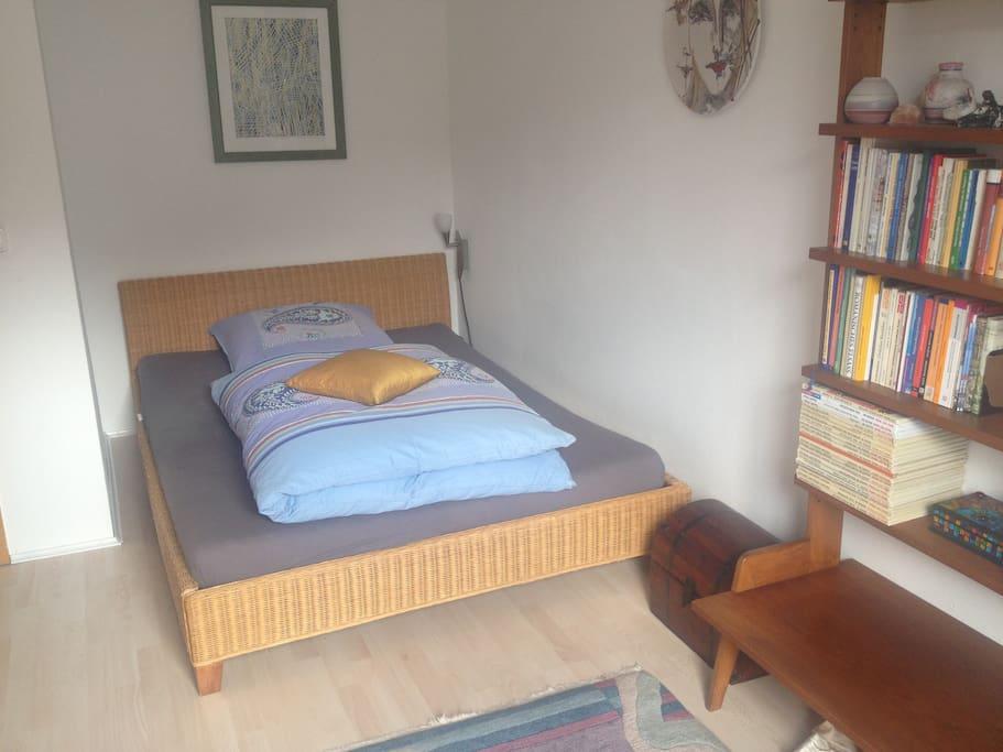 Zimmer Nr.2 , Bett 1,40 breit