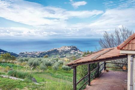 Holiday cottage with 1 bedroom on 60m² in Belvedere Marittimo