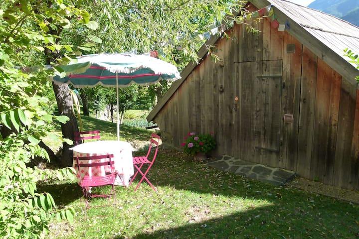 Studio neuf tout en bois dans grange indépendante - L'Argentière-la-Bessée - Apartment