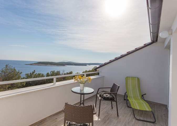 New apartment 2017 with an amazing sea view
