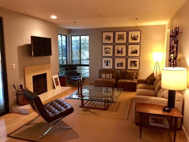 Private Room & Bath in LA/West Hollywood/Bev Hills