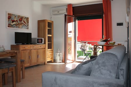 Comfortable and Sunny Apartment - Venezia