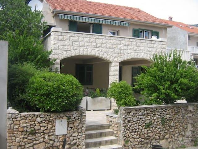 Apartments Dajana, A4+1