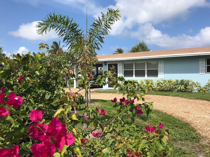 Modern Mizner House in Boca