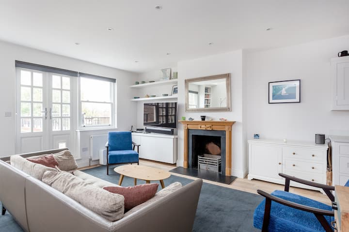 NEW - Fantastic 1bed with terrace in Fulham