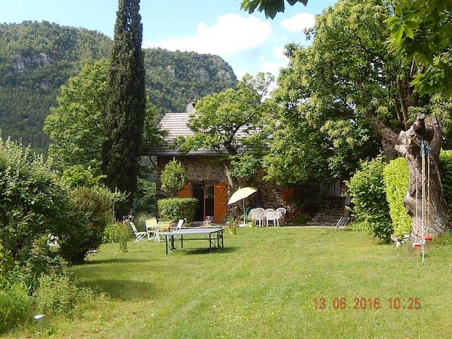 Chalet La Sauvageonne, Valdeblore-Mercantour - Valdeblore - Rumah