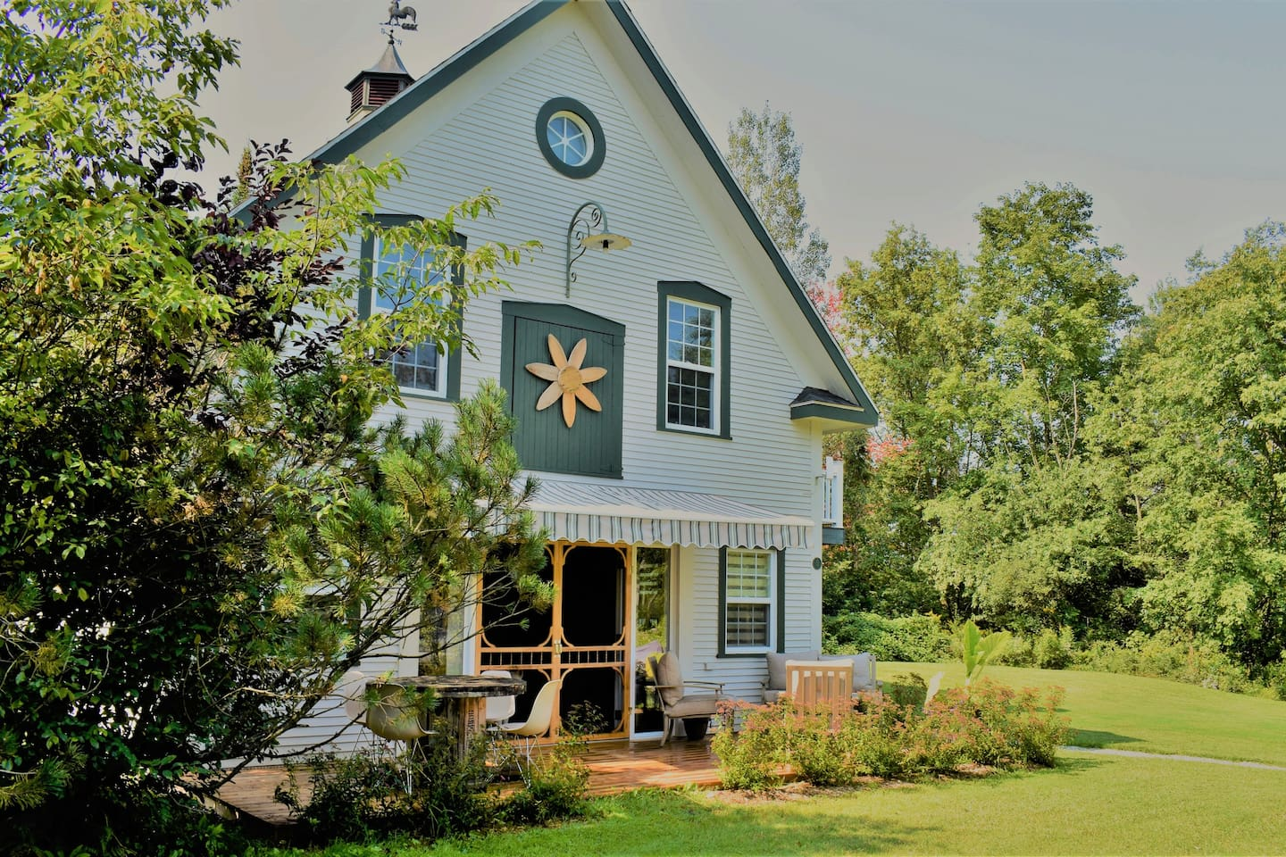 Bienvenue au Durkee, jolie chalet situé à West Brome! Welcome to the Durkee, charming cottage located in West Brome!