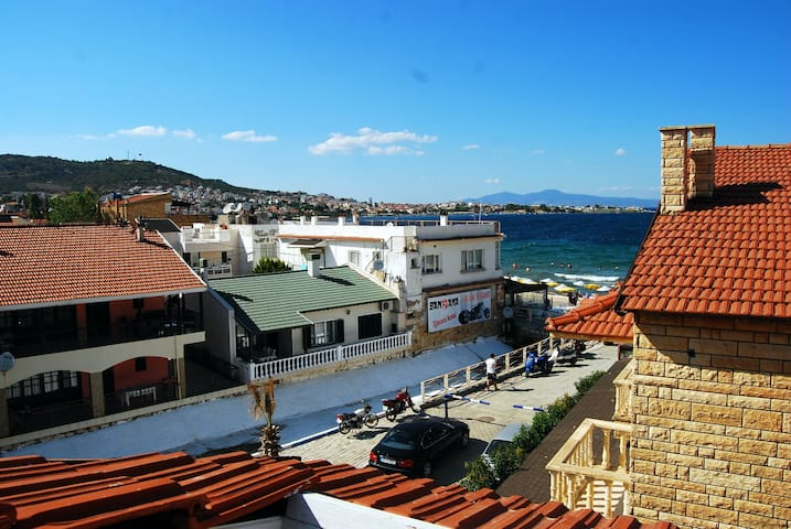 Roof floor in Yeni Foça! Perfect for your family - Foça - Loteng Studio