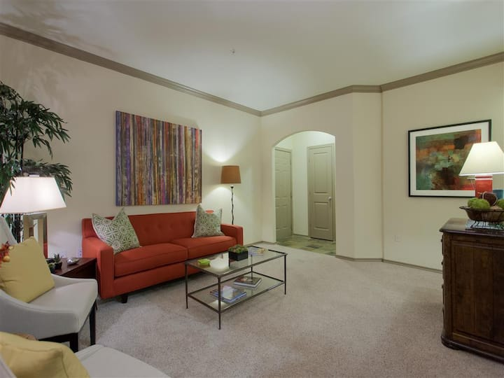 A homey place just for you | 2BR in Austin