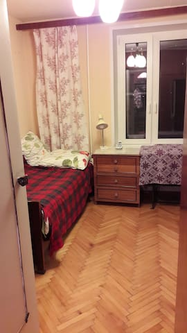 Room in city center, Kurskaya
