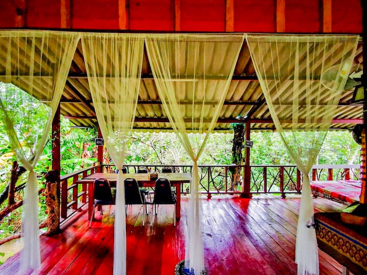 Lè Mariza Lanna Stream wood House near ChiangMai
