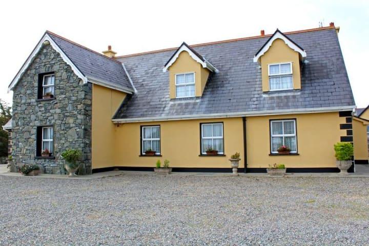 Ballyconneely 304 Murlach Lodge