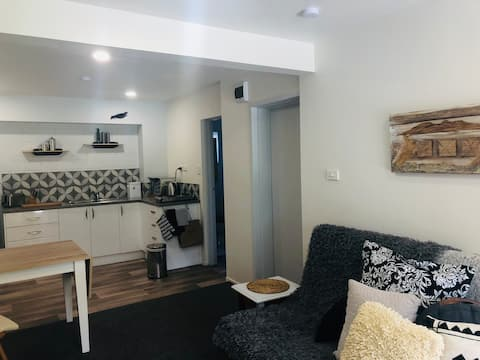 Acacia Tui's Rest Apartment, Acacia Bay, Taupo