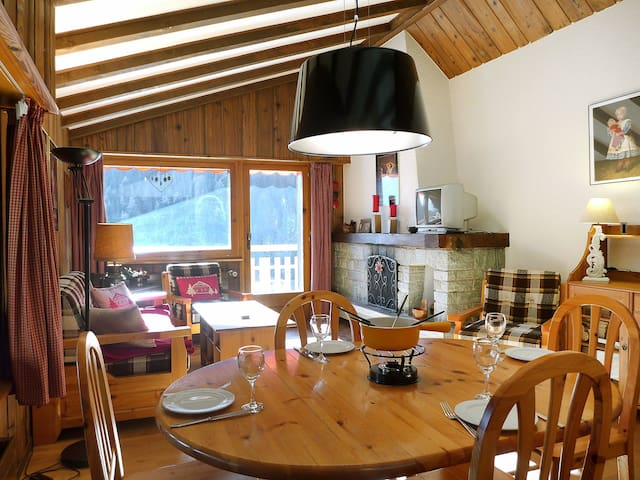Apartment Ferienwohnung for 4 persons in Champex
