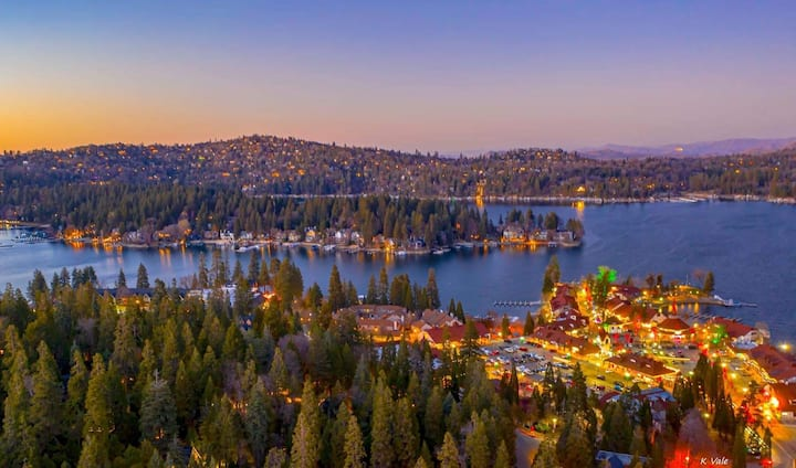 The Lake View Mountain Getaway