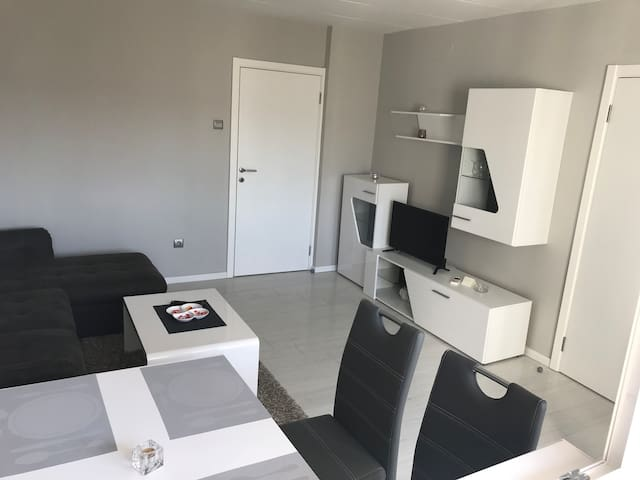 Modern Apartment ALEX 1 -Banja Luka, City Center