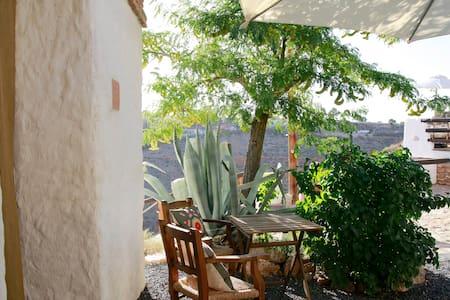 Cave House Guadix Granada . Pita - Los Balcones - Erdhaus