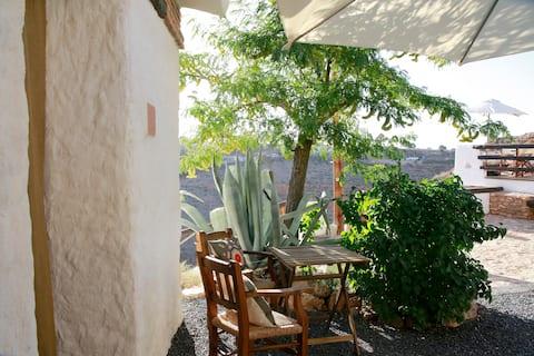 Cave House Guadix Granada . Pita