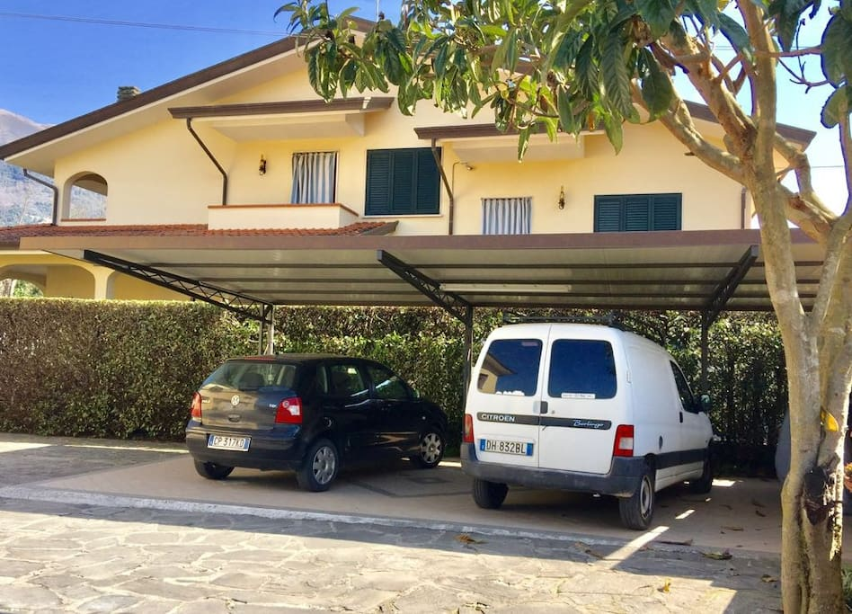 Parcheggio privato/Private parking