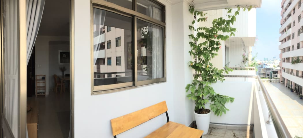Renovated Private Apartment in district 3 - Ho Chi Minh - Apartment