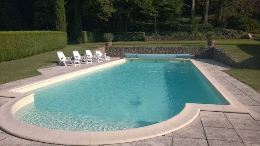 MANOIR 1807 AVEC PISCINE PRIVEE 16M