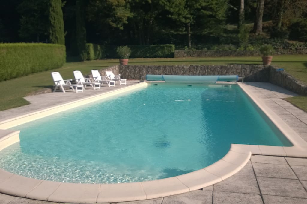 Manoir 1807 avec piscine privee 16m maisons louer for Hotel piscine interieure rhone alpes