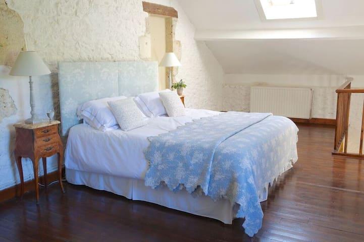 Master bedroom of La Peche