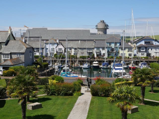 Apartment in Port Pendennis Marina - Falmouth - Leilighet
