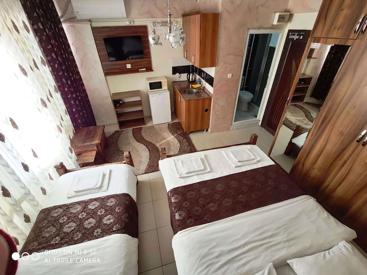 APARTMENT WİTH KİTCHEN 2 OR 3 PERSONS