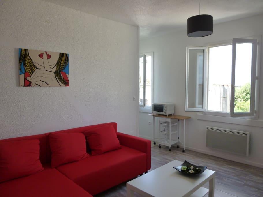 Appartement t1 bis centre bordeaux apartments for rent for Appartement t1 bordeaux