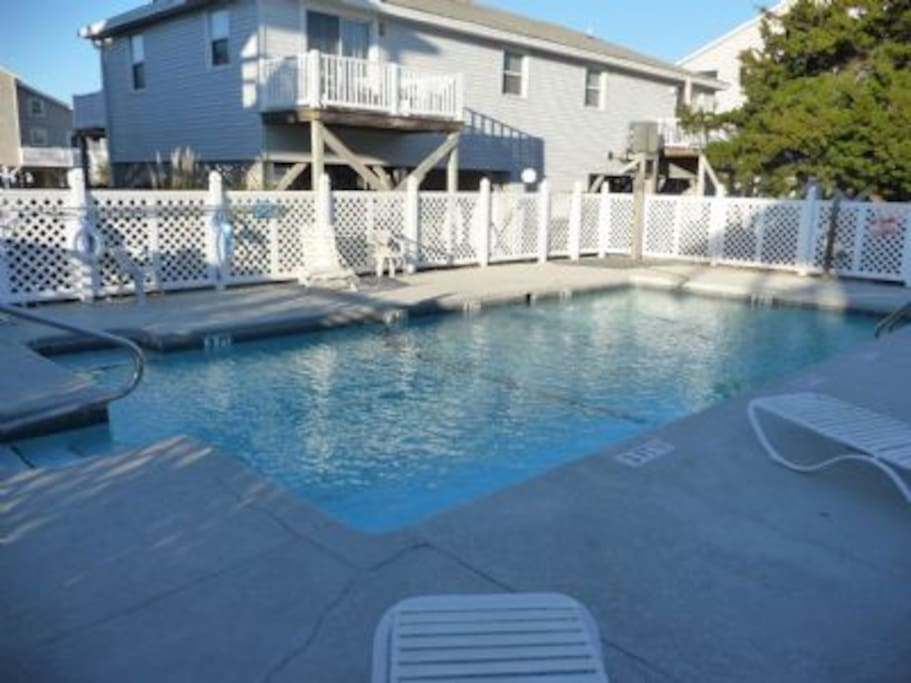 The complex is small, only 9 units, and has a pool.